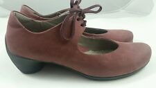 Women's ECCO Size 38 US 7  Maroon Leather Sculptured Mary Jane  Ballet Tie Shoes