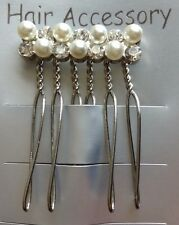 A Pretty Silver Diamanté And Pearl Hair Comb For Wedding/Bride/Prom