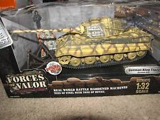 Forces of Valor: 1:32 German King Tiger