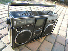 Sharp SP 376  TV Ghettoblaster Boombox Radio 80er 80s Vintage