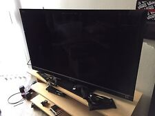 "Sony Bravia KDL-46HX800 46"" Full 3D 1080p HD LED LCD Internet TV W/2 3D Glasses!"