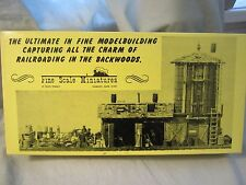 """Fine Scale Miniatures Railroad HO Scale Kit 125 """"Water Tank & Tool Shed"""""""