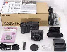 【MINT IN BOX!】RICOH GXR 10.0MP w/ S10 Kit 24-72mm f/2.5-4.4 , SD Card from Japan