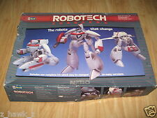 REVELL: 1/38 Robotech Changers - Nebo