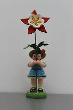 383-307h0059 Hubrig Blumenkind Mädchen mit Akelei