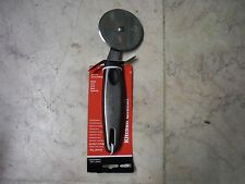 "New Stainless Steel Pastry Pizza Cutter Wheel Slicer 3"" Blade 8"" in length G146"