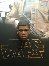 Hot Toys Star Wars Force despierta FN-2187 Finn cabeza esculpida Suelto Escala 1/6th