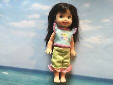 BARBIE'S LIL SISTER KELLY DOLL W OUTFIT BLACK HAIR GREEN EYES