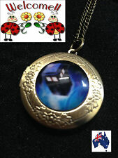 NEW 2016 BRONZE DR WHO TARDIS POLICE BOX LOCKET AUS SELLER/MADE GREAT VALUE 105W