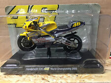 "DIE CAST "" HONDA NSR 500 WORLD CHAMPION 2000 "" VALENTINO ROSSI 1/18"
