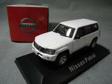 1:43 J-collection NISSAN PATROL white color DieCast Model TOY Vehicles Car toy