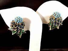 RARE CINER GOLD-TONE TURQUOISE SAPPHIRE RHINESTONE NOSEGAY BOUQUET CLIP EARRINGS