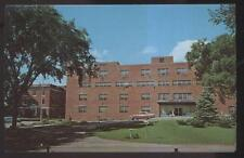 POSTCARD ROCHESTER NY/NEW YORK CITY HIGHLAND HOSPITAL BUILDING 1950'S
