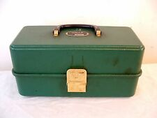 Vtg UMCO 103U GRN Plastic Fishing Tackle Box Tool Chest Watertown Minn USA 103-U