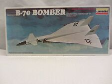 Lindberg   B-70  Bomber  Model Kit  NIB  1:180 scale  (715H)  5403