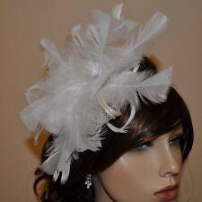 Fascinator Accessoires pour cheveux Plumes Fleur BLANC IVOIRE
