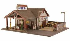 Woodland Scenics BR5849 O Ethyl's Gas & Service Structure Built & Ready