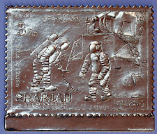 SHARJAH APOLLO 11 XI SURVEYOR Timbre OR GOLD   dentelé 82M79