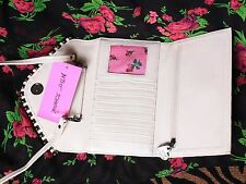 ♡ Betsey Johnson Cream Quilted Ball & Chain Rose Bud Clutch Cross Body Wallet