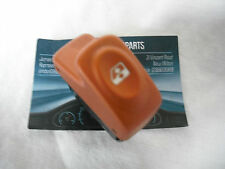A GENUINE RENAULT CLIO MEGANE AND SCENIC MK1  ELECTRIC WINDOW SWITCH 6 PIN GOLD