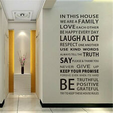 Vinilo Para Pared Frase En este Casa We Are Familia Texto Escaleras