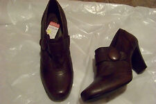 womens clarks ruby glam brown leather booties shoes heels size 11