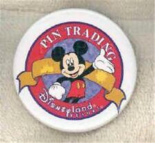 CLASSIC MICKEY MOUSE ARM UP PIN TRADING LOGO PTP CAST EXCLUSIVE Disney BUTTON