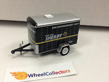 Single Axle Small ENCLOSED CARGO TRAILER Sheriff LOOSE Greenlight 1/64 Scale