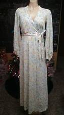 VINTAGE MISS ELAINE MARC  FLORAL SIZE S-M NYLON PEIGNOIR or ROBE