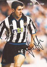 Newcastle: Andy Griffin firmato a4 (12x8) CALENDARIO UFFICIALE FOTO + COA