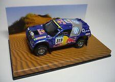 UN VW RACE TOUAREG #317 PARIS DAKAR 2005 1:43 MINICHAMPS