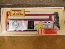 HO SCALE TRAIN MINIATURE 2018 NEW YORK COMMEMORATIVE CAR 40' WOOD REEFER KIT