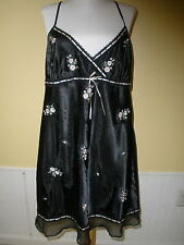 MORGAN TAYLOR INTIMATES SHORT NIGHT GOWN BLACK W/ EMBROIDERD FLOWERS SIZE XL
