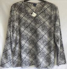 Size XL 16/18 Gray Black White Long-Sleeve Plush Top X-Large NWT Basic Editions