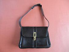 sac a main femme noir vintage simili cuir avec rabat et fermeture bandoulière