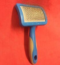 Gato Slicker Brush Mango de plástico de 2 1/4 pulgadas de ancho de Aseo Pelo de Gato Conejo Guinea