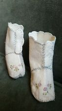 Vtg RARE Baby Girl Shoes White Wool Felt Boots Child's Slippers Embroidered Rose