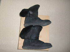 Ladies Black Bailey Button UGG Boots with Box.  Size 3 (W6).  VGC