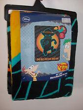 Perry the Platypus Phineas & Ferb Agent P Micro Raschel Fleece Doo Bee Doo Bah