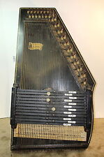 Oscar Schmidt 12 Chord AutoHarp 36 strings (2 missing)