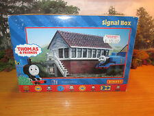 51FP HORNBY THOMAS & FRIENDS SIGNAL BOX R9220 MINT NEVER PLAYED WITH