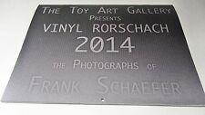 Toy Art Gallery TAG - 2014 Calendar - kubrick, qee, Biskup, Huck Gee, Gary Ham