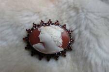 Antique 10CT Yellow Gold Rose Old Cut Bohemian Garnet Carved Shell Cameo Brooch