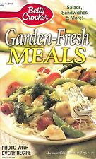 GARDEN FRESH MEALS BETTY CROCKER COOKBOOK SEPTEMBER 2003 #200 SALADS, SANDWICHES