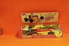 AVIVA TOYS WOODSTOCK / SNOOPY FORMULA-1 RACING CAR NO 950 - RARE FIND - MOC- N