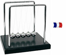 PENDULE BALANCIER DE NEWTON  A BILLES DESIGN SOCLE ANTI STRESS vendeur francais