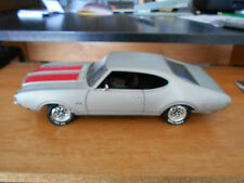 Ertl American Muscle 1969 Oldsmobile 442 W-30 Olds 1:18 Scale Diecast Model Car