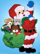"Design Works Felt Wall Hanging kit 13"" x 18"" ~ SANTA & PALS Sale #5184"