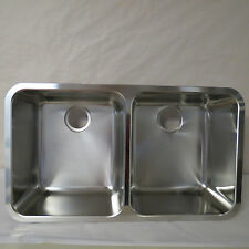 """FRANKE LAX12034 LARGO DOUBLE BOWL UNDERMOUNT SINK 32 1/4"""" x 17 1/2"""" BOXED AS IS"""