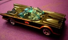 Hotwheels 2006 Batman and Robin 1:64th scale 1966 batmobile diecast car No card